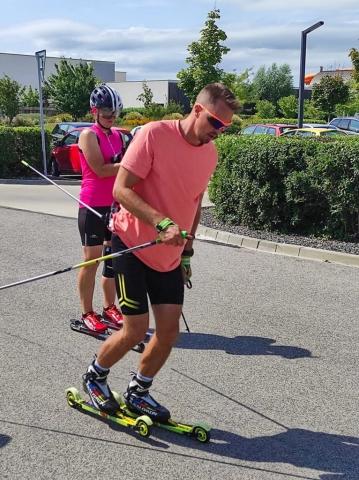 Ukážka bežeckého kroku na klasike – foto: Š. Oravec